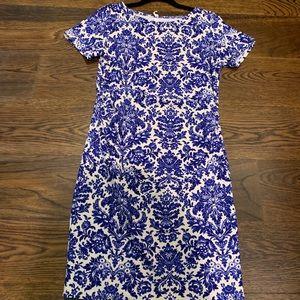 Blue patterned maternity dress